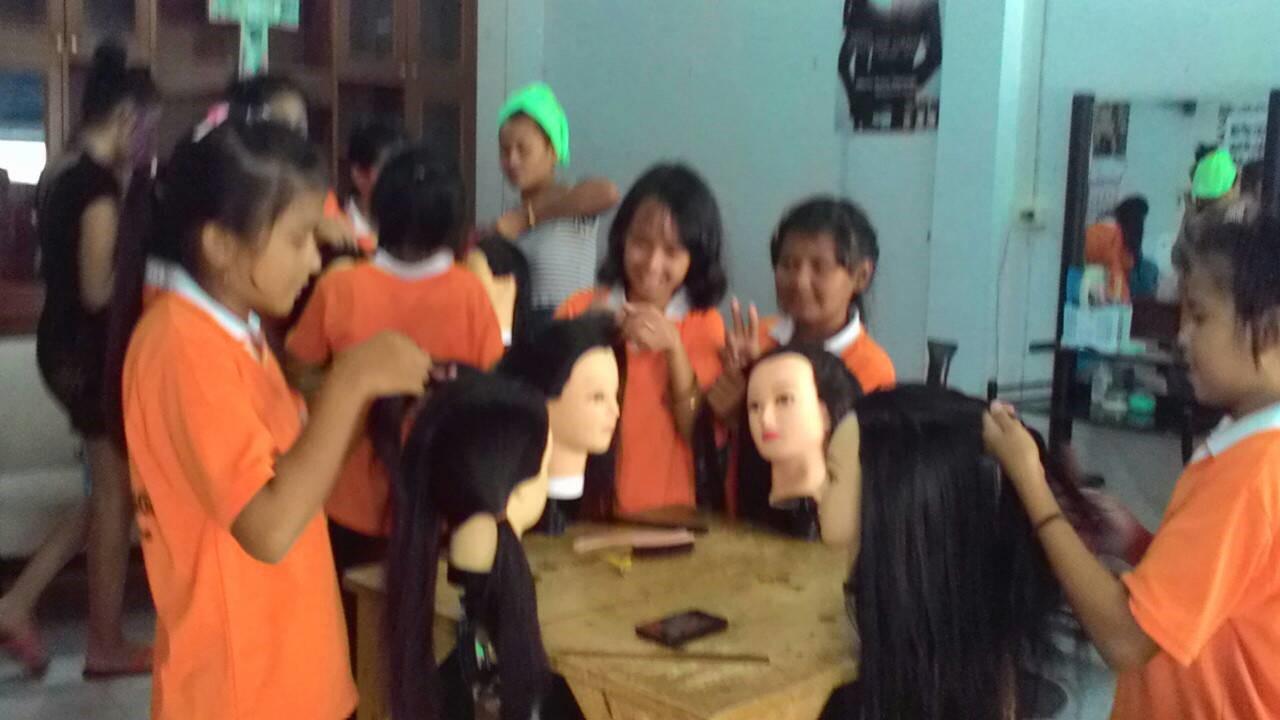 Hair Dressing & Salon Training