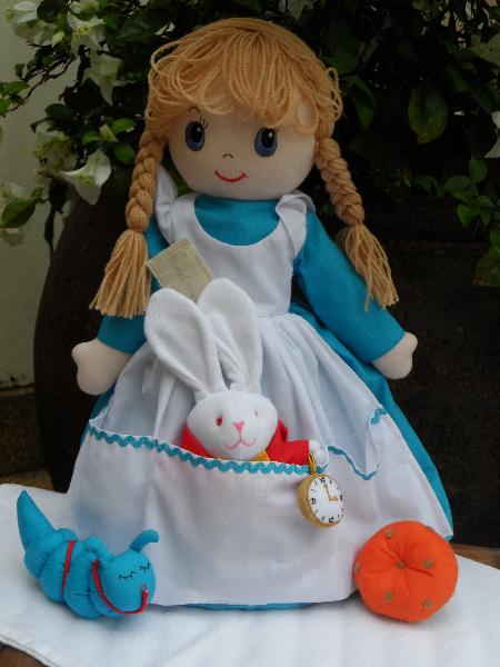 Alice in Wonderland - 3 in 1 doll (Alice)